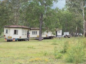 house on trucks